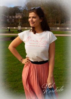 Witte T-shirt met tekst in roze, onesize en korte mouwen