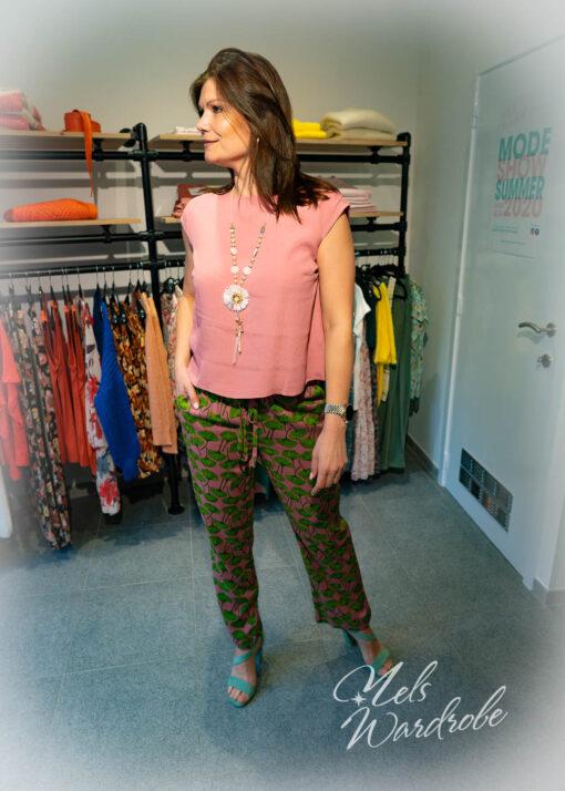 Roze broek met print- met rekker in de taille