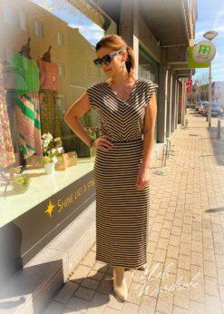 Gestreepte jurk met knoopjes achteraan