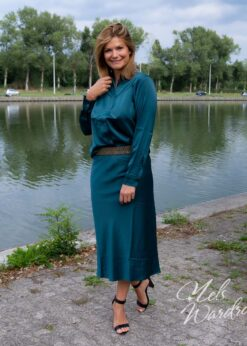 Satijngroene blouse
