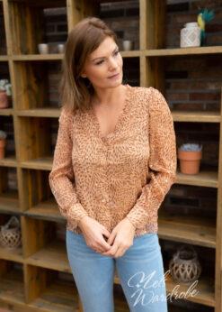 Beige blouse met gold detail