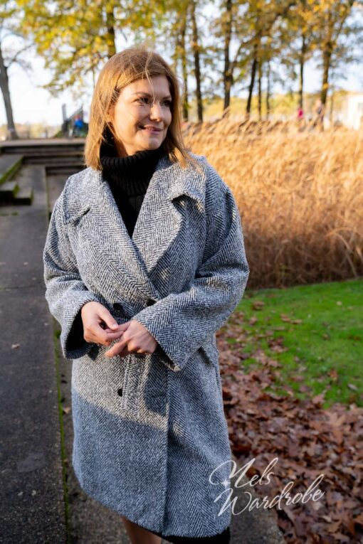 Zwart - grijze lange mantel